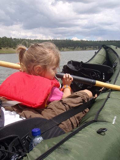 photo, child canoeing