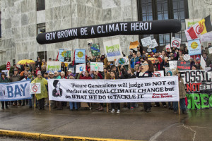 Gov Brown Be A Climate Hero by Backbone Campaign/Flickr used under CC BY 2.0