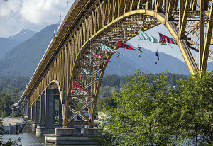 Greenpeace Climbers blockade Ironworkers Memorial Bridge, Vancouver, BC