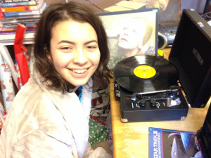 """dj L.E.D. with her new Turntable X-Mas 2016 """"Thanks Mom!"""""""
