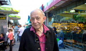 Frederick Wiseman talks with Jenn Chavez about his career as a documentary filmmaker and pioneer of Direct Cinema during his visit to KBOO Radio in Portland