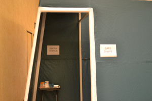 Model of a 'pop-up' supervised consumption space