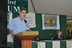 Michael Krawitz speaking at Seattle Hempfest in 2014
